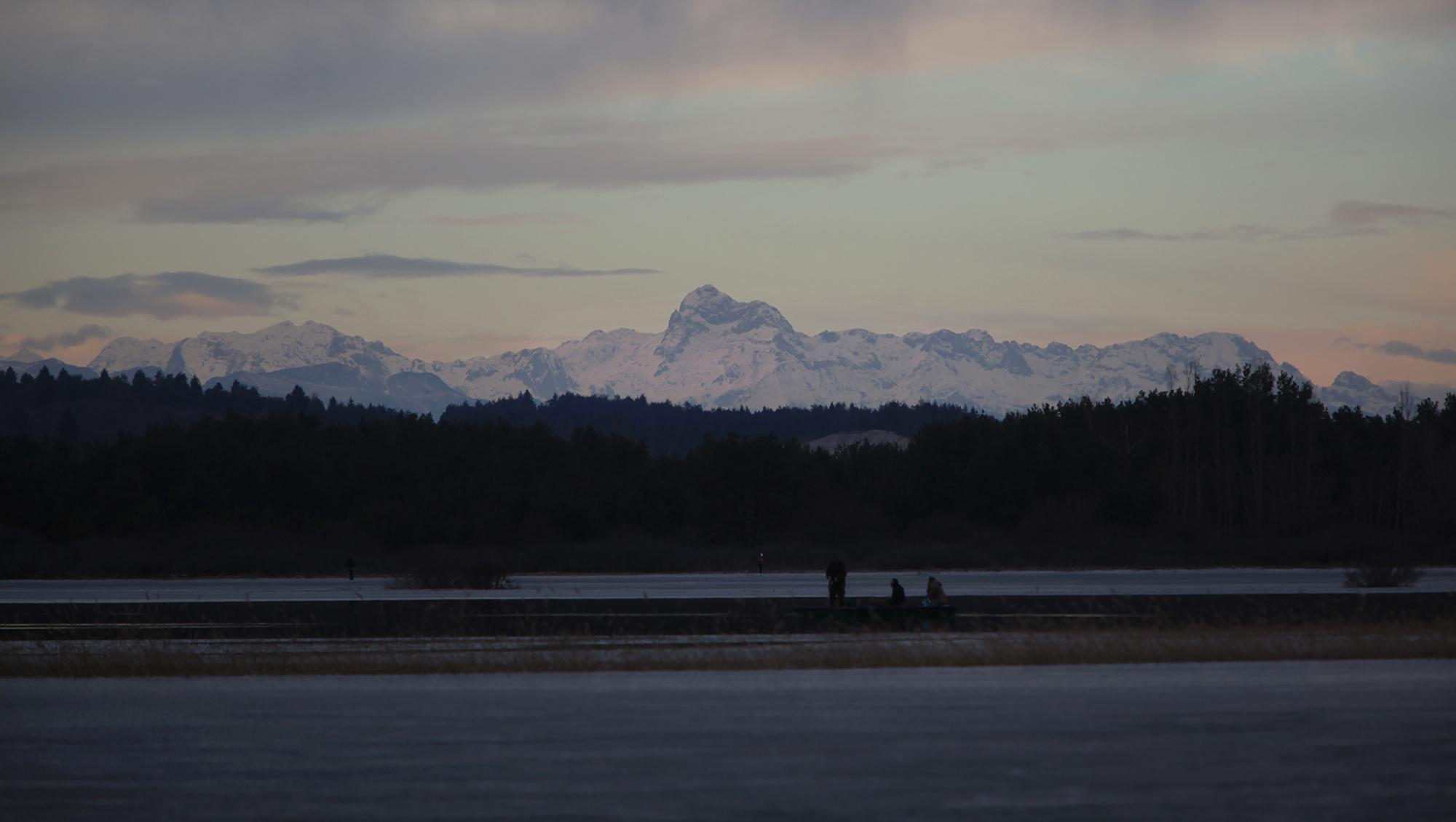 Zimski pogled na Triglav z Malenšč